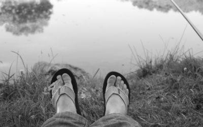 Les pieds pas dans l'eau